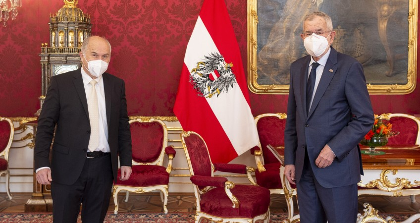 HR Inzko meets Austrian President Alexander Van der Bellen (Photo: Alexander Van der Bellen official Twitter account)