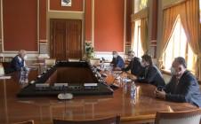 Први замјеник високог представника и супервизор за Брчко са представницима Владе и Скупштине Дистрикта
